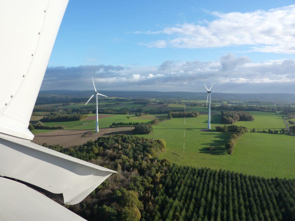 Campéneac (56)  Nom du parc : Pigeon blanc  6 éoliennes  Enercon E82 de 2000 kW, mât béton de 98m, diamètre rotor 82 m  Mise en service 2010